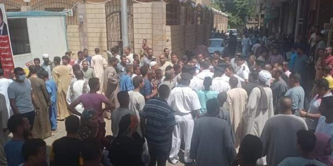 الباعة الجائلين في نجع حمادي